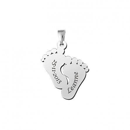 Kleine Fuesschen Anhaenger in Silber mit Gravur
