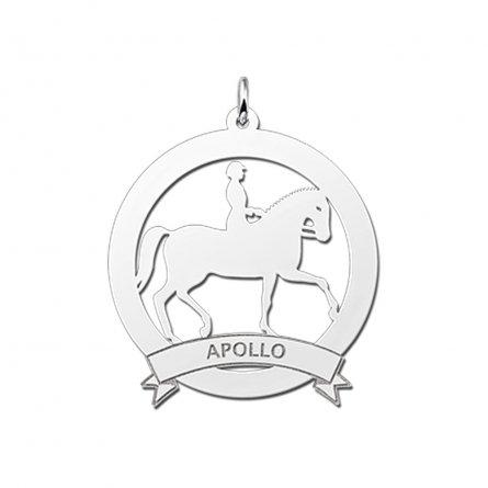 grosser-anhanger-pferd-mit-reiter-und-banderole-mit-gravur